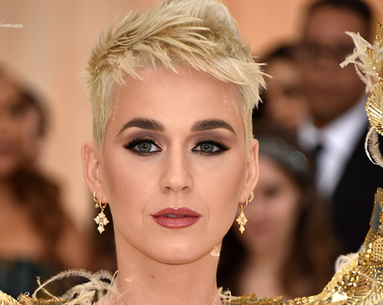 The One Rule Katy Perry's Hairstylist Says All Blonds Should Follow For Bright Color