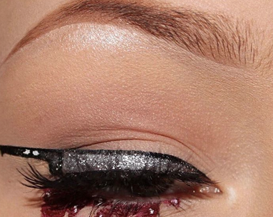 "The ""Knifeliner"" Eye Makeup Look Is Breaking the Internet Just in Time for Halloween"