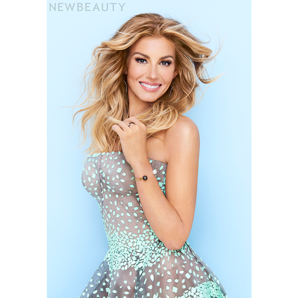 Faith Hill S Favorite Beauty Favorites Hair The Beauty