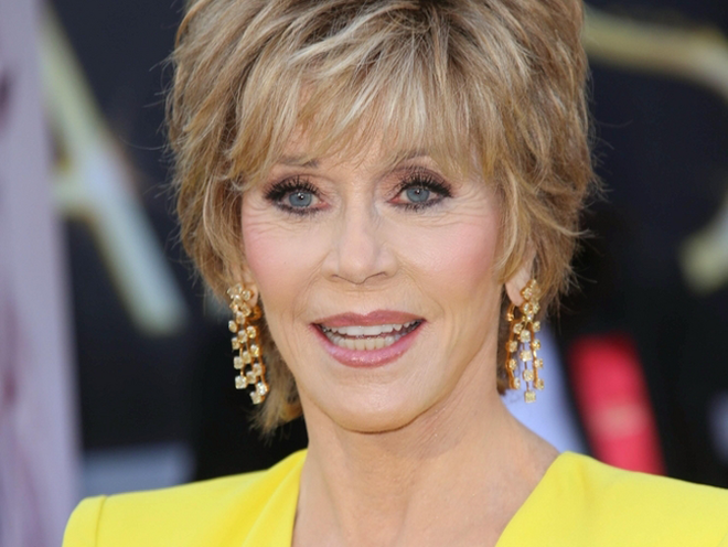 Jane Fonda Hair Styles: Why Does Jane Fonda Look So Good? Plastic Surgery