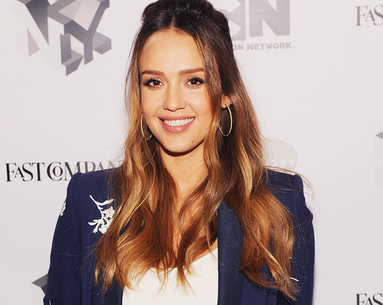 Jessica Alba Just Got the Perfect Spring Cut That'll Bring Anyone's Limp Hair Back to Life