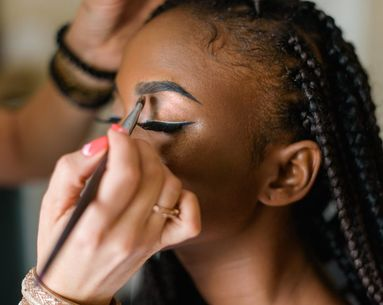 This Is the Biggest Eye Shadow Trend for Fall