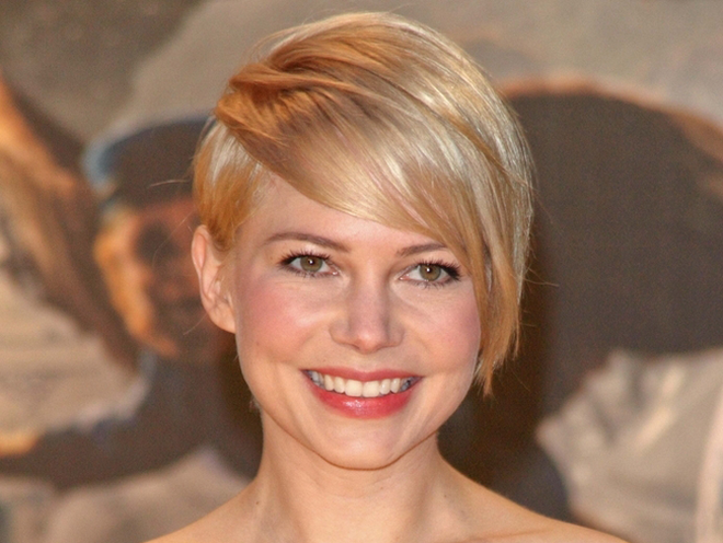 Michelle Williams Grows Out Short Pixie Haircut Tips Tutorials