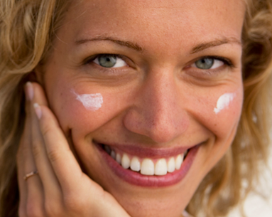 Why It's Important to Wear Sunscreen Every Day (Even in Colder Months)