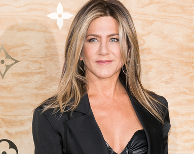 Jennifer Aniston Relies on These Supplements for Optimum Health