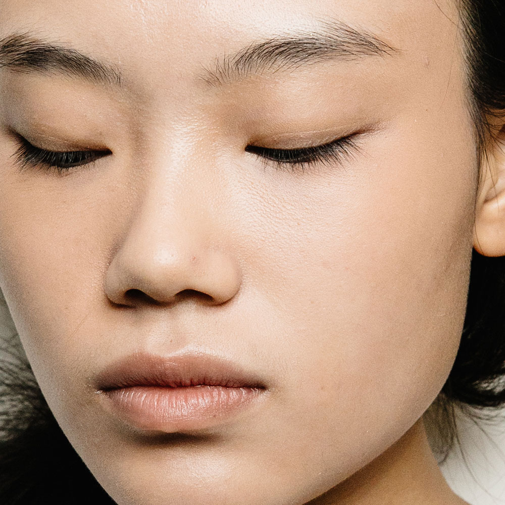 10 Warning Signs You're Using the Wrong Beauty Products - NewBeauty