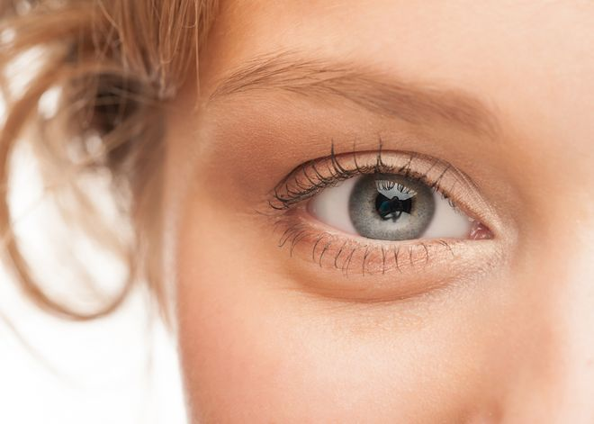 4 Products to Help With Puffy Eyes - NewBeauty