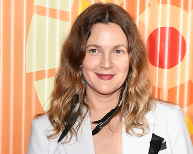 An In-Flight Look at Drew Barrymore's Makeup Bag Is the Sunday-Night Instagram Post We Never Knew We Needed