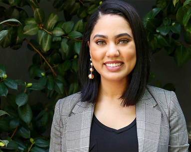 Ayesha Curry on PRP Facials, Pink-Pearl Lipstick From Walmart and Why Her Daughter Thinks She's a Makeup Artist