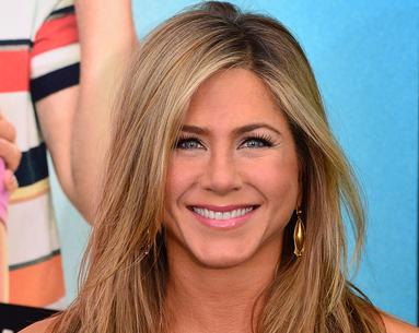 Recreate Jennifer Aniston's Perfect Makeup Look