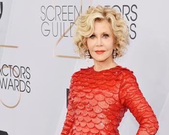 Jane Fonda's Makeup Artist Shares Her 5 Favorite Foundations For Mature Skin
