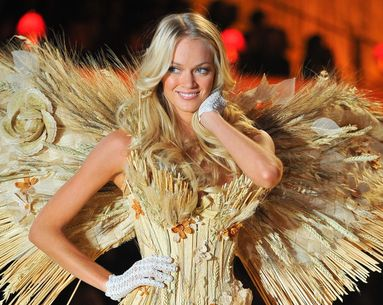 5 Essential Beauty Tricks from Victoria's Secret Angel Lindsay Ellingson