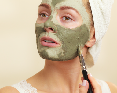 Derms Say These 6 Ingredients Are the Best for Fighting Oily Skin and Blemishes