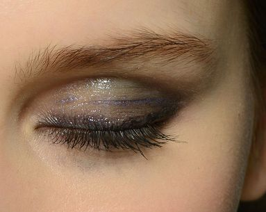 How to Rock the New Glossy Lid