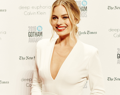 Margot Robbie's Red-Carpet Relaxation Tip Is SO Good