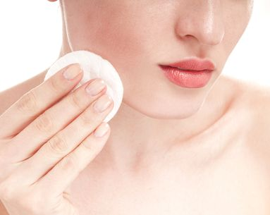 Do No-Rinse Cleansers Actually Cleanse Your Skin?