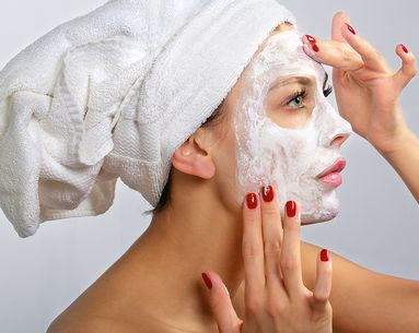 6 Skin Care Tricks When You Need to Look Good in an Hour or Less