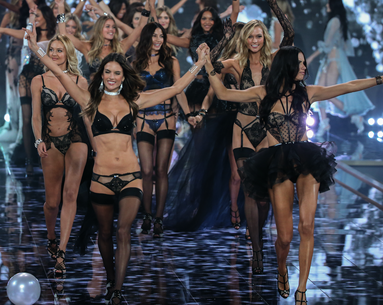 Alessandra Ambrosio Shares Her Victoria's Secret Show Diet and Fitness Prep