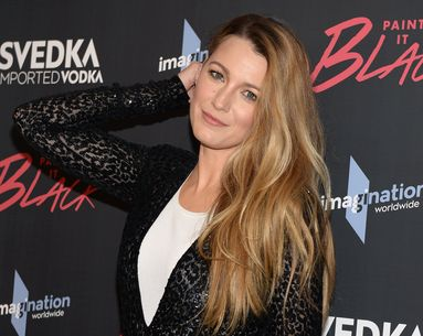 This Unusual Beauty Tool Is the Secret Behind Blake Lively's Flawless Red Carpet Makeup