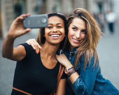 Derms Debate: Do Selfies Really Give You Wrinkles?