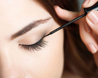 3 Eyeliner Tricks Every Woman Should Know