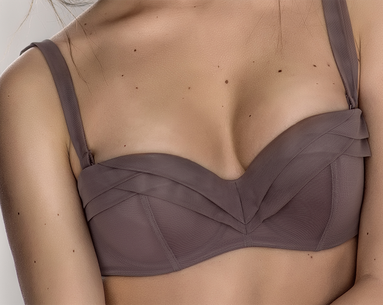 How to Fake Perfect-Looking Breasts Fast