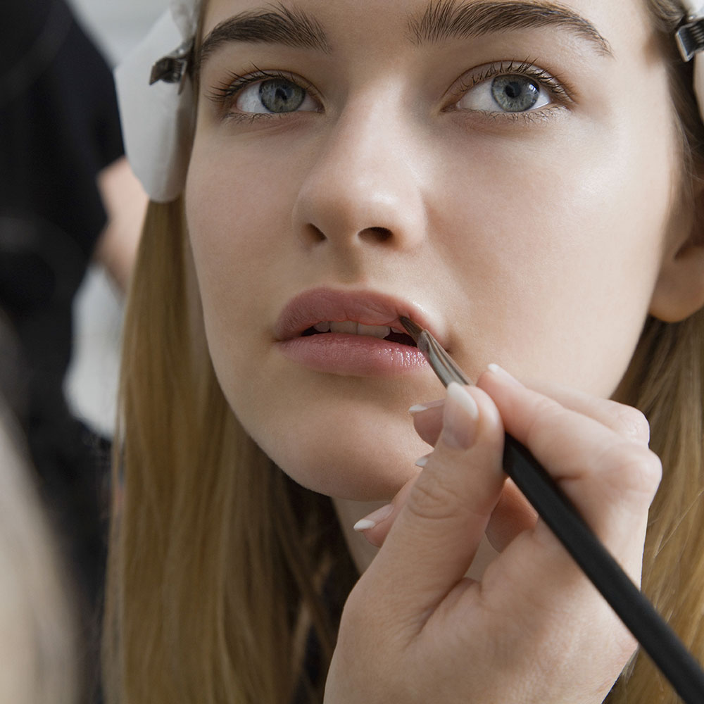 Specialists Name the Most Common Beauty Mistakes WeDon't Stop Making pics