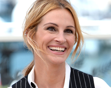 Julia Roberts Just Broke a Record for Being So Beautiful