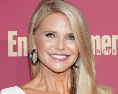 5 Things Christie Brinkley Does to Look This Great at 66
