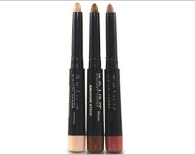 Long-Lasting Color For Lips And Lids