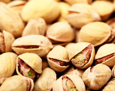 "Why Are Pistachios Being Dubbed The ""Skinny Nut""?"