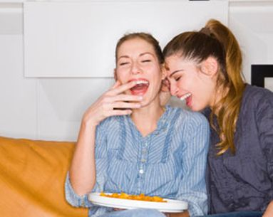 How Tv Turns Up Snacking Habits