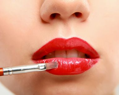 How to Create a Long-Lasting Red Lip