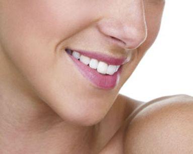 Study: Aging Jaw May Crowd Teeth