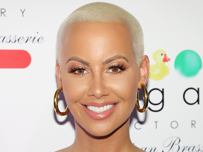 Amber Rose Breast Reduction Celebrity Dailybeauty The Beauty