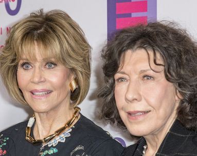 Jane Fonda Had the Best Response When Lily Tomlin Called Out Her Facelift