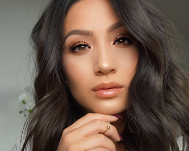 7 Blogger-Approved Nude Glosses That Will Plump Your Lips Without Drying Them Out