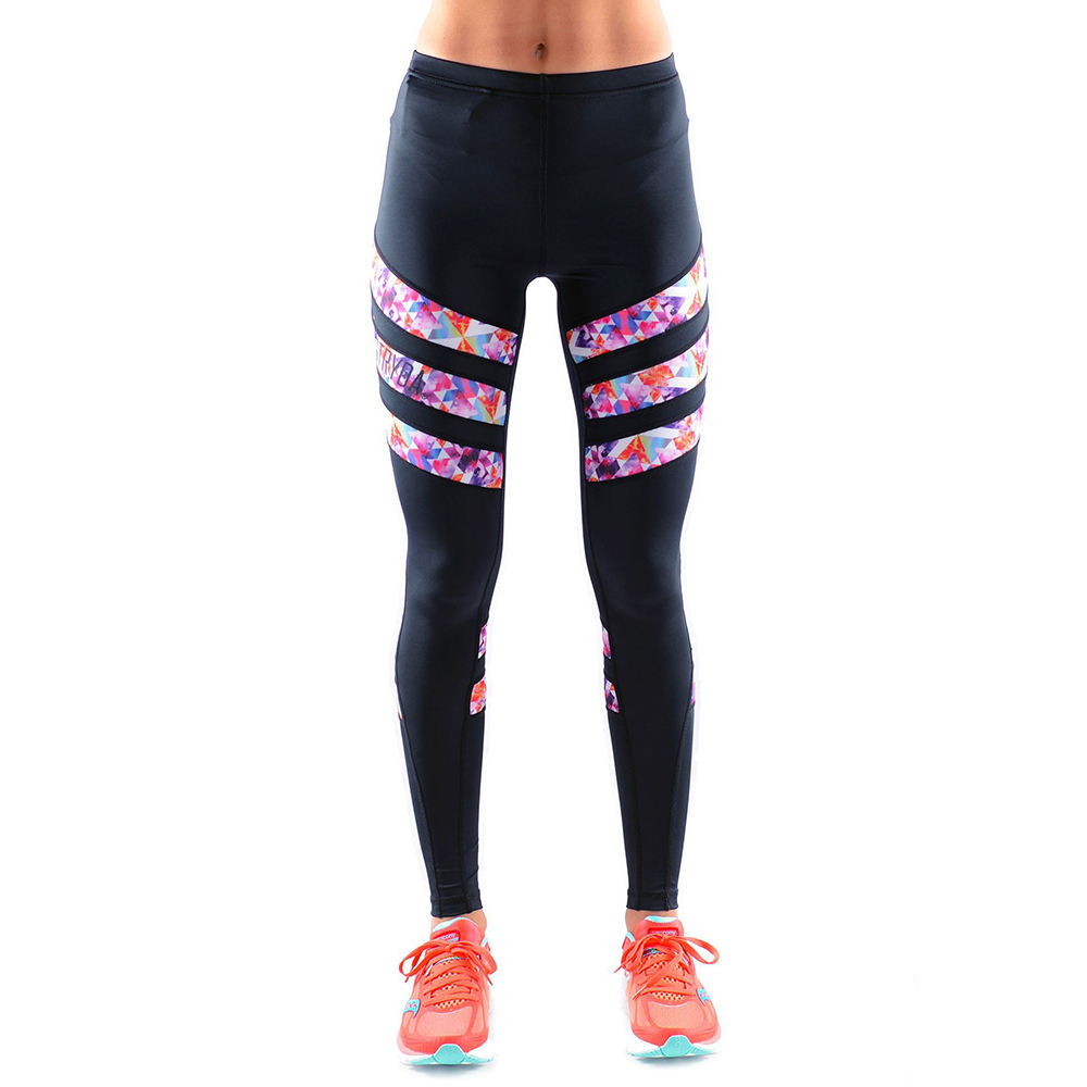 f46b38ee1048d4 7 Leggings That Do More Than Just Look Good - NewBeauty