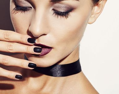 Everything You Need to Know to Pull Off Fall's Dark Makeup Trend