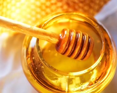 The Beauty Benefits Behind Honey