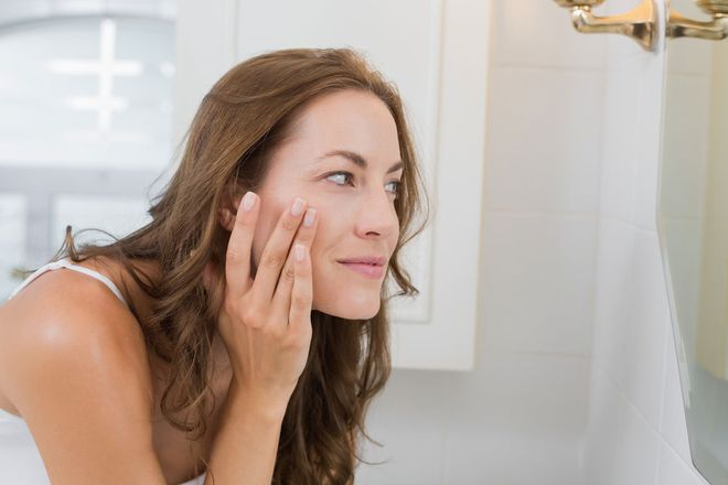 What Causes Blind Pimples And How To Get Rid Of Them