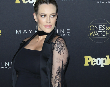 "DWTS Pro Peta Murgatroyd Shows Off a ""Real Life"" Post-Baby Body"