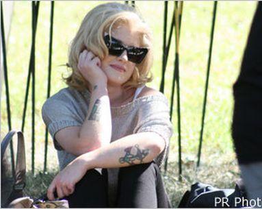 Kelly Osbourne Looks Into Laser Tattoo Removal