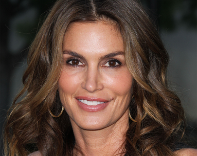 Cindy Crawford Reveals the One Food She Avoids to Look Her Best