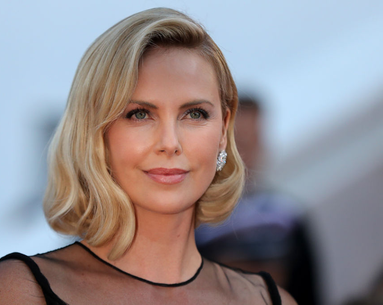 The One Diet Change That Led to Charlize Theron's Weight Gain–Induced Depression
