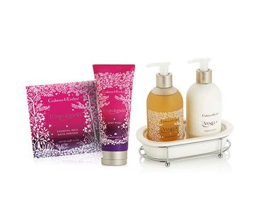 Bath And Body Treats With A New Take On Holiday Bouquets