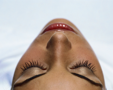 An Insider's Guide To Eyelash Extensions