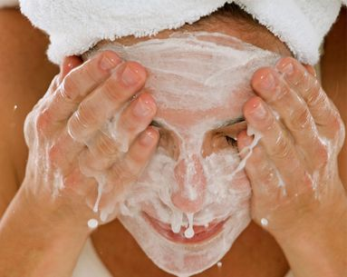 The Skin-Care Experts Weigh In: Is It Okay To Wash Your Face With Your Hands?