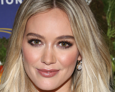 The Enhancing Serum That Gives Hilary Duff To-Die-For Brows