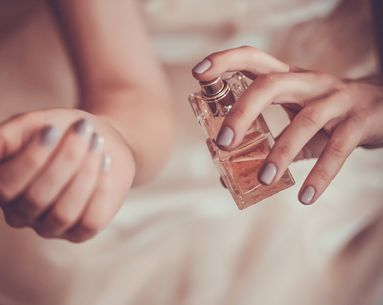 The 2-Second Way to Make Your Perfume Last